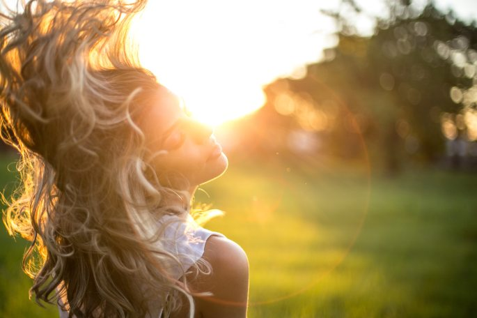 attractive-beautiful-blond-848277 (1)
